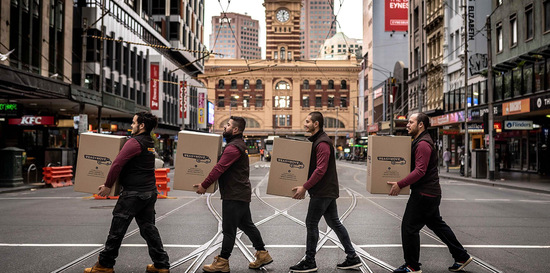 Removalists in South Wharf